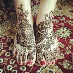 Rajasthani Mehndi Designs For Legs
