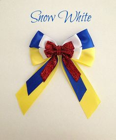 Disney inspired Snow White princess hair bow from BellaRayneDesigns on Etsy. Saved to Things I want as gifts. Snow White Hair, White Hair Bows, Disney Hair Bows, Princess Hair Bows, Hair Bow Tutorial, Flower Tutorial, Princess Hairstyles, Making Hair Bows, Ribbon Bows
