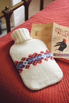 Knitted cover for hot water bottle with ribbed neck and Fair Isle motif Fair Isle Knitting Patterns, Fair Isle Pattern, Scarf Patterns, Small Knitting Projects, Knitting Ideas, Water Bottle Covers, Crochet Supplies, Knitting Supplies, Rico Design