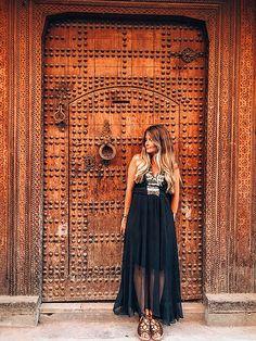Marrakech - Morocco - arabic door - oriental style - boho dress - travel inspiration
