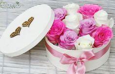 pasztell rózsák szívecskés dobozban (15 szál)