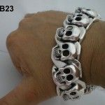 Sterling Silver Skulls Bracelet Outstanding Design and Quality . Custer Skull Design with Extra Strong Box Clasp so no any worries of losing it ! 9ct Gold Bracelet, Skull Bracelet, Skull Necklace, Skull Jewelry, Men Necklace, Silver Bracelets, Bracelets For Men, Bangle Bracelets, Silver Chain For Men