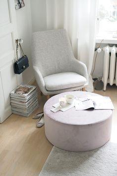 Studio Interior, Interior Design, Kids Room Bed, Furniture Factory, Furniture Manufacturers, Extra Seating, Living Room Sets, Furniture Design, Luxury