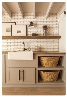 Do you want to create the best nice modern farmhouse laundry room ideas in your home? Charming and stylish laundry is indeed a choice and dreams for everyone. Then, how to create a good farmhouse laundry room design? Here is… Continue Reading → Farmhouse Laundry Room, Laundry In Bathroom, Cottage Farmhouse, Cozy Cottage, Basement Laundry, Small Laundry, Laundry Closet, Teen Basement, Modern Laundry Rooms