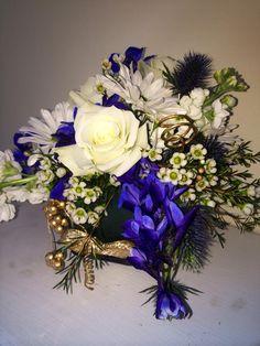 #accentpiece #centerpiece #wedding #weddingflowers #flowers #florist #georgiaflorist #flowers #bride #georgia #freeconsultation #itsyourparty