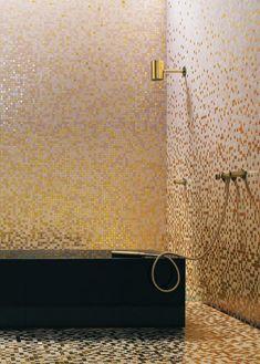 Mosaïque en pâte de verre constituée par des carreaux réguliers, 20 x 20 mm collés sur filet Unité de commande: 0,83 m2 Précieux: réalisés à..