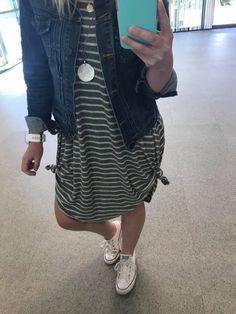 Lularoe Carly knots I Love Fashion, Modest Fashion, Fashion Outfits, Modest Outfits, Casual Outfits, Cute Outfits, Lula Roe Outfits, Spring Outfits, Just In Case