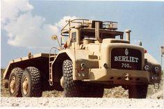 old cars vintage classic Heavy Duty Trucks, Heavy Truck, Lifted Trucks, Big Trucks, Heavy Construction Equipment, Heavy Equipment, Trailers, Motor Diesel, Truck Transport