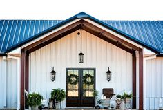 Building A Porch, Metal Building Homes, Building A House, Texas Hill Country, Carport Modern, Home Design, Design Ideas, Metal Barn Homes, Barn Style Homes
