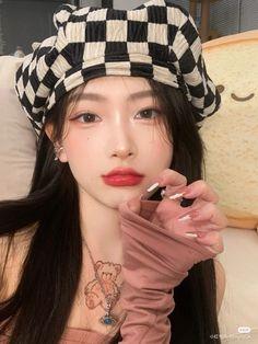 Cute Funny Baby Videos, Cute Funny Babies, Ulzzang Fashion, Ulzzang Girl, Ulzzang Couple, Cute Korean Girl, Asian Girl, Girls In Love, Cute Girls