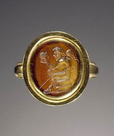 Antique Jewelry Photographic Print: Ancient Roman Ring with Gem Engraved with Pan Contemplating a Theatrical Mask : - Antique Rings, Antique Jewelry, Vintage Jewelry, Handmade Jewelry, Roman Jewelry, Ancient Jewelry, Viking Jewelry, Rose Gold Jewelry, Ancient Artifacts