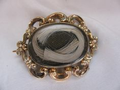 ~ Victorian Gold Mourning Brooch With Blond Hair ~