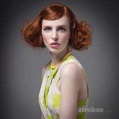 Portrait photo and lighting setup with Softbox by Lukasz Piech (1/125 sec., f/8, ISO: 100) on strobox.com