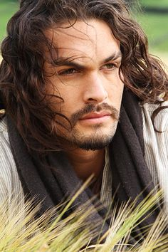 Jason Momoa, Game of Thrones, will be at C2E2 - Chicago Comic & Entertainment Expo!