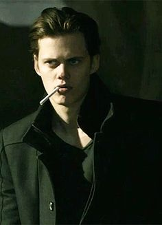 Bill Skarsgard is smoking hot ;)