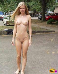 Full figured women naked in public photos 256