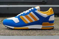 The adidas ZX 700 can get a little overlooked in . Adidas Zx 700, Adidas Vintage, New Trainers, Casual Trainers, Baskets Adidas, Mens Fashion, Fashion Outfits, Sneakers Fashion, Adidas Originals