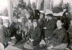 The final 2,404 Jews detained at Monopol were deported to Treblinka on 29/3/43