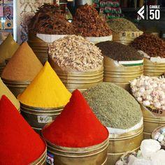 #laeffered #AfricaDay Africa Day, Sugar, Cookies, Desserts, Food, Crack Crackers, Tailgate Desserts, Deserts, Eten