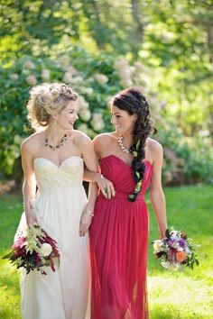 Wine colored maid of honor dress - Wedding inspirations
