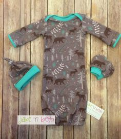 Bears and moose baby gown knot hat and no scratch mittens