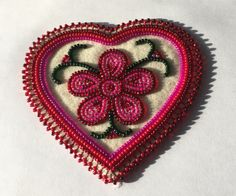Native Beading Patterns, Beadwork Designs, Beaded Earrings Patterns, Native Beadwork, Native American Beadwork, Beaded Brooch, Loom Patterns, Loom Craft, Beaded Moccasins