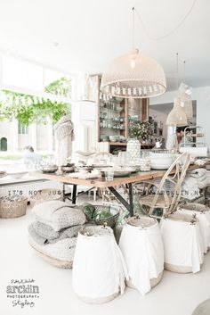 L' Etoile concept store in Schoorl, The Netherlands. Decor, Store Decor, Sweet Home, Home And Living, Retail Interior, Shop Interiors, Home Decor, Store Design, Home Deco