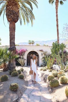 Cacti and Coachella vibes I Palm Springs (ohh couture) Palm Springs Houses, Palm Springs Style, Palm Springs California, Palm Springs Fashion, California Travel, California Baby, Southern California, Nicole Richie, Palm Springs Architecture