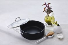 Experience flawless release of foods and easy cleanup with the Toughened Non-Stick cookware range by Le Creuset. Le Creuset, Clean Up, Cookware, Easy, Food, Roast, Tablewares, Cleaning, Diy Kitchen Appliances