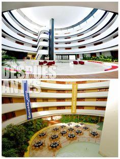 El antes y el depués del Atrio I, perfecto para organizar cualquier tipo de evento y capaz de convertirse en una sala plenaria gracias a su techo técnico.