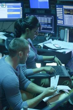 "#Quantico 1x02 ""America"" - Ryan and Alex"