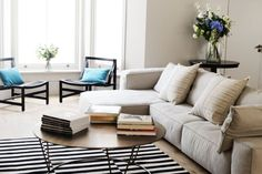 Learn 5 Expert Home Styling Tips from home-staging expert Jenny Lindsay-Fynn's guest post celebrating Handy's vacation rental services!