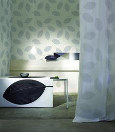 Stilla #wallpaper #coveredwallpaper #nautrewallpaper #paperyourwalls #design #homedecor #home #decor #nature