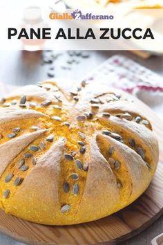 Pane alla zucca: semplice e delicato, con un sapore neutro che si sposa sia con il dolce che con il salato, questo pane sarà il re della vostra tavola d'autunno! #pane #zucca #pumpkin #bread #fatto #casa #homemade #fall #autumn #autunno #easy #quick #recipe #ricetta #facile #veloce #italian #food #giallozafferano [Easy homemade pumpkin bread recipe] Cooking Bread, Just Cooking, Bread Recipes, Vegan Recipes, Kitchen Aid Recipes, Food Test, Baking And Pastry, Artisan Bread, Sweet And Salty