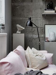 TDC: Pink sofa and raw concrete | Ikea Livet Hemma