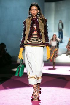 A look from the Dsquared2 Fall 2015 RTW collection.