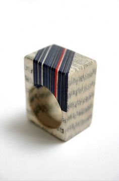 Jeremy May: Jewelry from Books