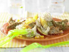 Glasnudelsalat mit Putenfilet: Glasnudeln haben wenig Kalorien, aber viel Volumen. Sie sind also ideal zum Sattessen bei großem Hunger!