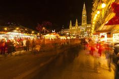 Every year you are millions of travellers to view this ranking and hundreds of thousands to vote for your favourite Christmas markets in Europe. Discover your selection of the best destinations for perfect Christmas holidays!