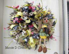 Bee Wreath Flower Wreath Spring Wreath Daisy by SugarTreeDecor