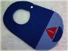 Produto confeccionado com tecido 100% algodão de excelente qualidade, forrado e estruturado com manta acrílica. <br>Aplicação feita com ponto caseado. <br>Aceito encomendas!