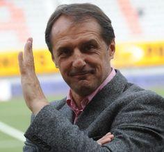Joueur emblématique, puis entraîneur de Sochaux dans les années 90, Faruk Hadzibegic est en poste à Valenciennes depuis la mi-janvier. Demain, il ...