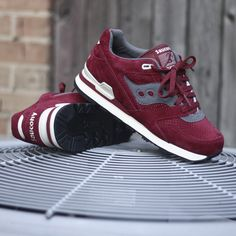SAUCONY Courageous Premium Red