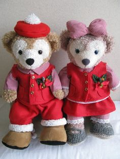 Duffy the Disney Bear and ShellieMay looking full of Christmas Cheer!
