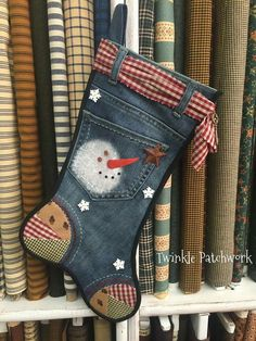 New sewing bags jeans christmas gifts ideas Cowboy Christmas, Rustic Christmas, Christmas Crafts, Christmas Decorations, Christmas Ornaments, Christmas Stocking Pattern, Christmas Sewing, Christmas Projects, Holiday Crafts