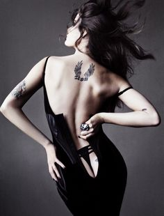 Fashiontography: Isabeli Fontana by Tom Munro | Best of Beauty