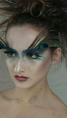 Peacock make up
