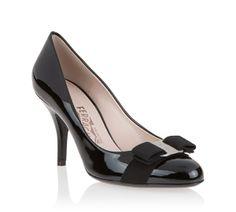 http://www.ferragamo.com/shop/en/eur/women/shoes/pump-422876--1#beginIndex=8&pId=20239