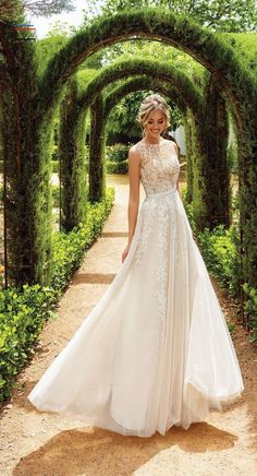 Wedding Dress Inspiration - #weddingdresses - Looking for a one-of-a-kind wedding dress that is sure to impress, look no further than these Tatiana Kaplun wedding dresses – Flower Dreams Bridal...... Simple Wedding Gowns, Wedding Dresses With Flowers, Top Wedding Dresses, Luxury Wedding Dress, Wedding Dress Trends, Gorgeous Wedding Dress, Cheap Wedding Dress, Gown Wedding, Bridal Dresses