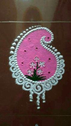 Flowers drawing simple geometric Ideas for 2020 Rangoli Side Designs, Free Hand Rangoli Design, Colorful Rangoli Designs, Rangoli Designs Diwali, Rangoli Designs Images, Beautiful Rangoli Designs, Rangoli Colours, Rangoli Patterns, Rangoli Ideas